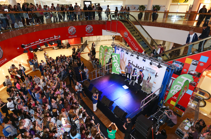 Merryhill Student night event with special guests from Geodie Shore , TOWIE and X Factor singers. Picture by Shaun Fellows / Shine Pix