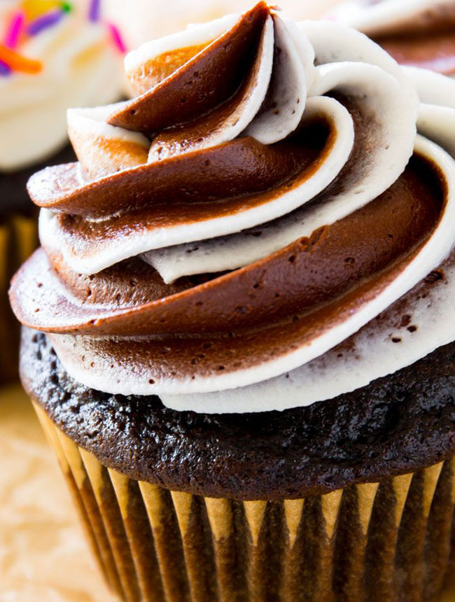 Article-size_cupcakes_4